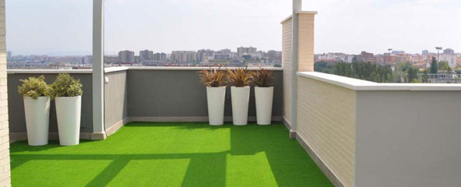 cesped artificial terraza